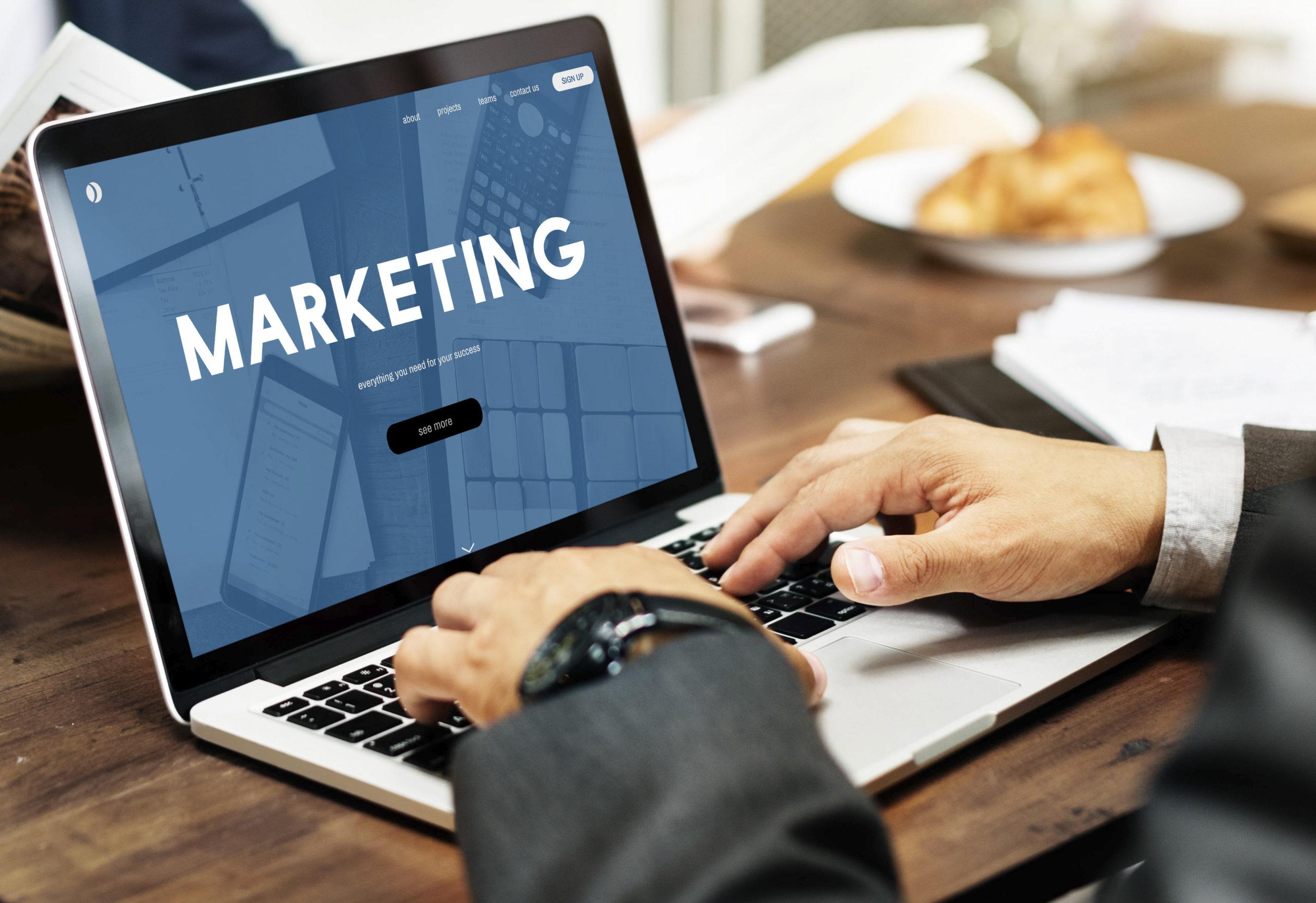 Top 7 lý do chứng minh cho tầm quan trọng của website doanh nghiệp